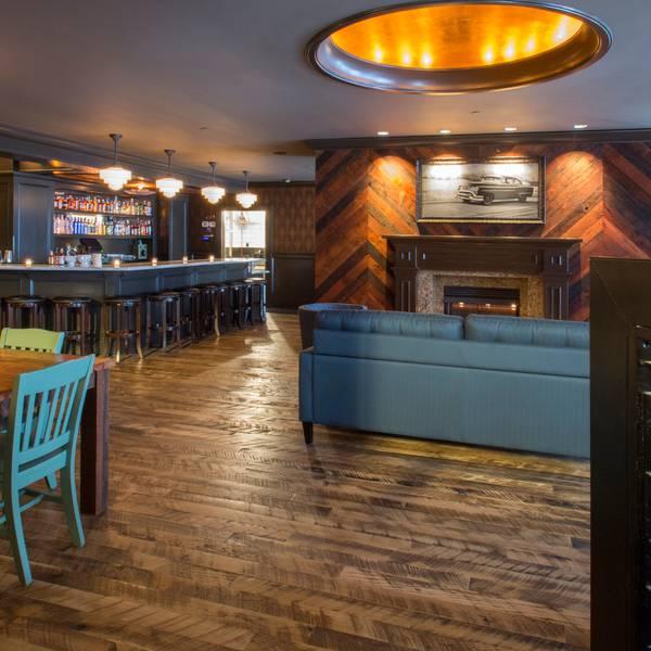 Sentinel Hotel - Jackknife Bar