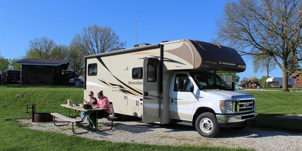 Op pad met de nieuwe camper van Apollo