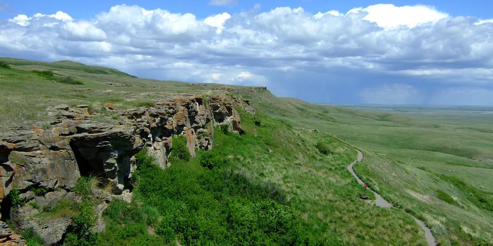 Unesco Heritage World Site waar First Nations op duurzame wijze op buffalo's jaagden.
